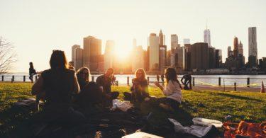 Picknickkorb 6 Personen - Auszeit mit Familie und Freunden 1